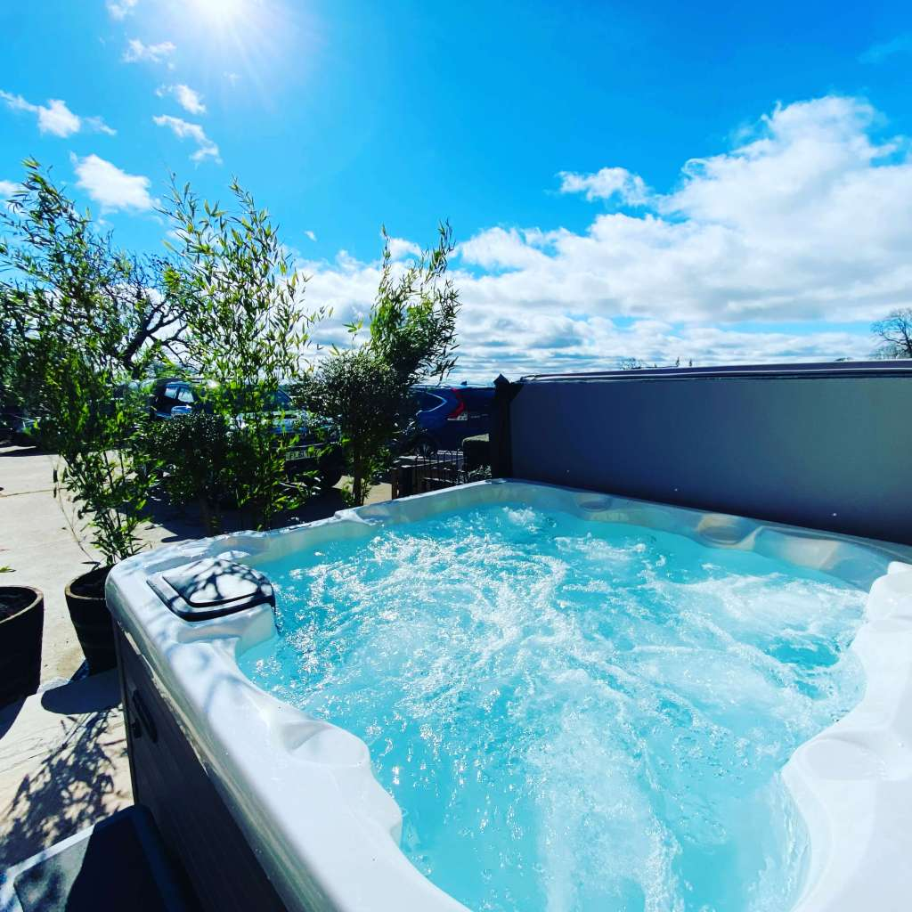 Cottage With Hot Tubs Derbyshire